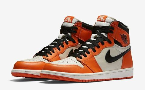 AIR-JORDAN-1-RETRO-HIGH-OG-SHATTERED-BACKBOARD-AWAY-MAIN.jpg