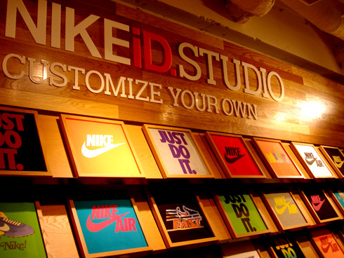 Photo:NIKEiD STUDIO店内風景1